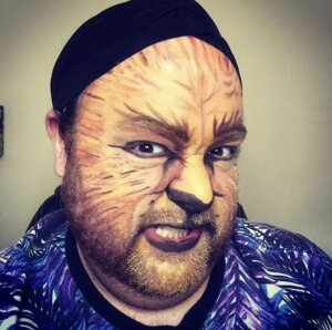 Example of Lion character stage makeup